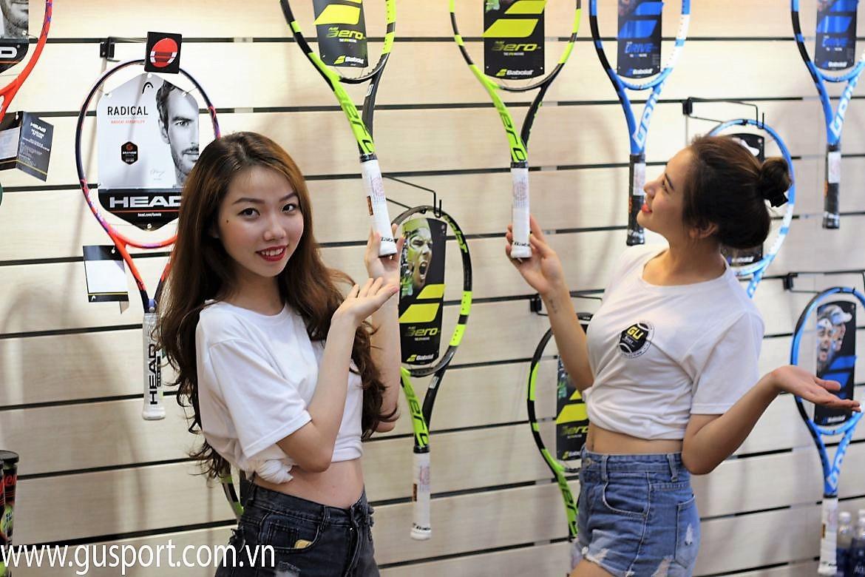 Mua Vợt Tennis, Giày Tennis Chính Hãng Ở Đâu?